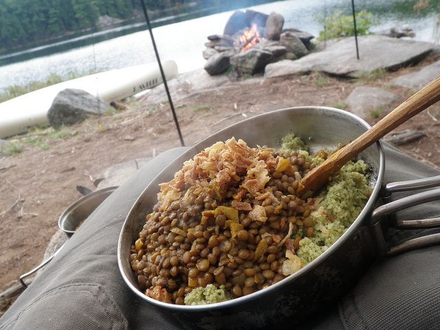 Not sure what to eat when backpacking? Here are lots of backpacking meal ideas which are lightweight, easy to make, and tasty.