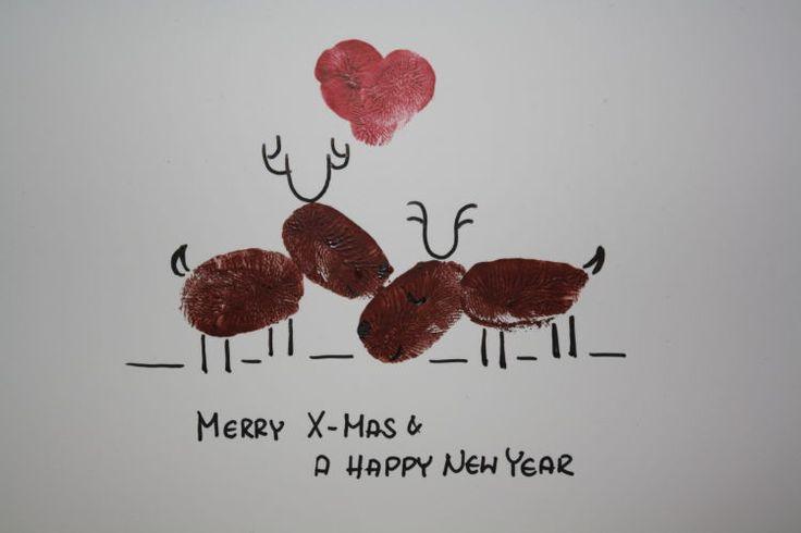 Toll für Kinder: Weihnachtskarten basteln mit Fingerabdrücken. Basteln Sie lustige Weihnachtskarten mit Rentieren ⇒ hier geht's zur Bastelanleitung!
