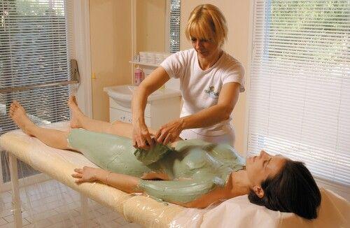 Massage: Service/Spa; Image.  <  http://www.euronat.fr/en/thalasso/centre-naturiste-espace-beaute.asp  >.