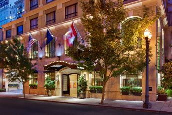 The Westin Portland boutique hotel is located close to top local attractions.  Experience the best of the City of Roses from our downtown Portland hotel.
