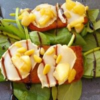 Toast met geitenkaas, peer en honing : Recepten van Domy