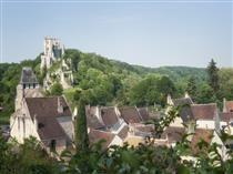 Visits to the mediaeval village of Lavardin