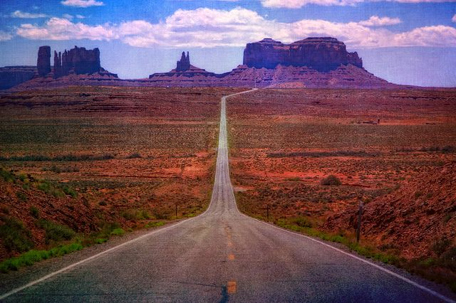 utahMonument Valley, The Roads, Monuments Valley, National Monuments, Travel Photos, Travel Tips, Open Roads, Utah Travel, Roads Trips