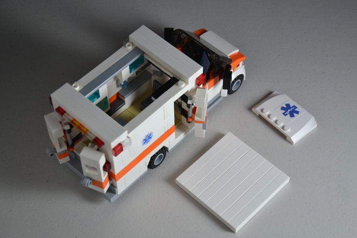 EMT AMBULANCE - SpacySmoke - LEGO Ideas - Ambulance (Type 3 / Type III)