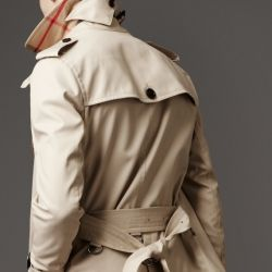 nothing more classic than a burberry trench