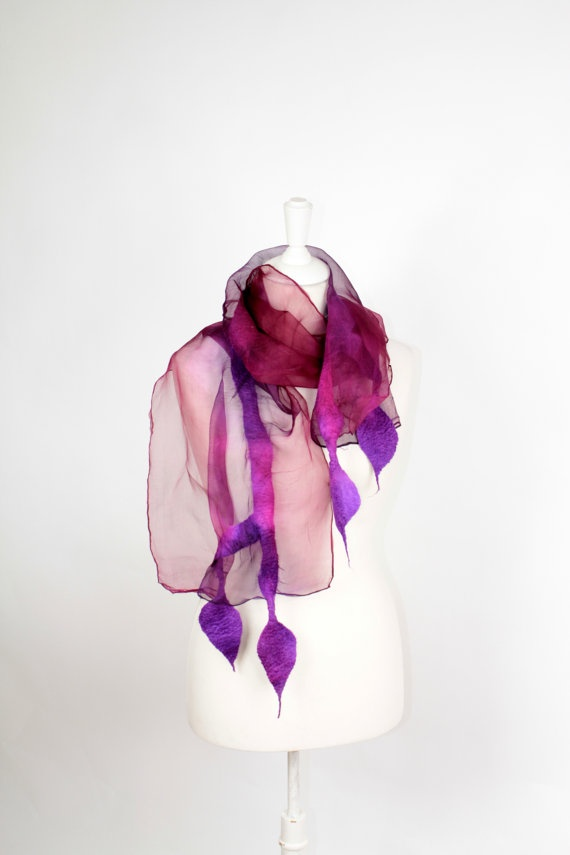 REDUCED PROTOTYPE Felted scarf NEW collection by FeltFieltroFilc, €32.00