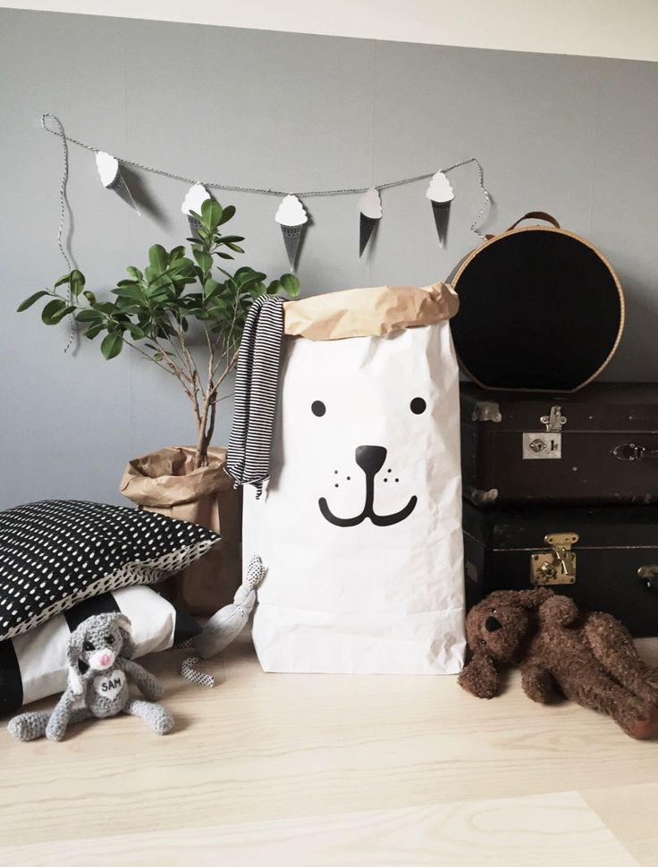 Bear stoccaggio di sacchetto carta di giocattoli libri o orsacchiotti - interior Kids di Tellkiddo su Etsy https://www.etsy.com/it/listing/199254943/bear-stoccaggio-di-sacchetto-carta-di