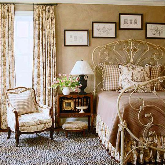 198 best toile guest bedroom ideas images on pinterest toile canvas and guest bedrooms