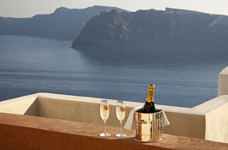 Luxury Moments at Oia Mansion