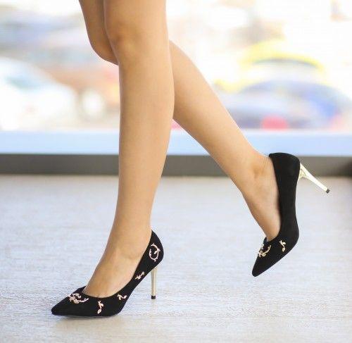 Pantofi Salsa Negri - <br>Culoare:  Negru<br>Dimensiune toc:  9<br>Material:  Piele eco intoarsa Colectia Pantofi cu toc de la  www.cutoc.net