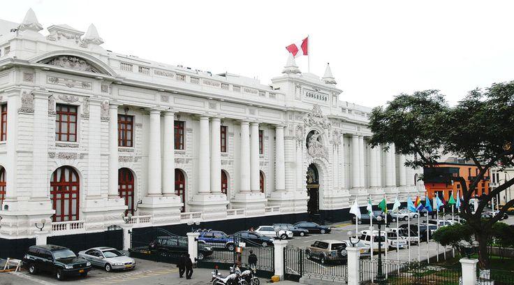 """La Comisión de Justicia del Congreso de Perú rechazó ayer el proyecto de ley de """"unión civil"""" homosexual –""""matrimonio"""" gay encubierto–, en lo que diversos líderes políticos han calificado como una victoria de la familia."""