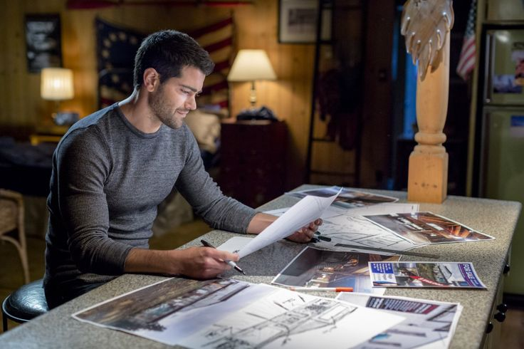 Andrew Francis in Chesapeake Shores (2016)
