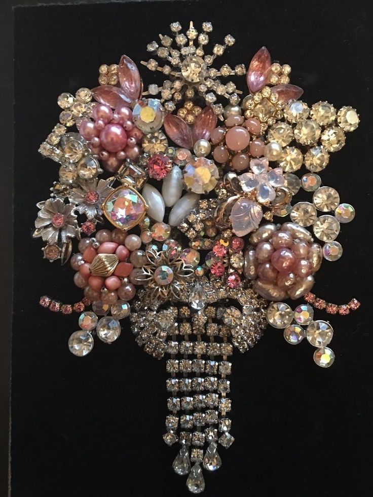VINTAGE JEWELRY FRAMED ART, NOT CHRISTMAS TREE, PINK FLOWER BOUQUET - GORGEOUS!  | eBay
