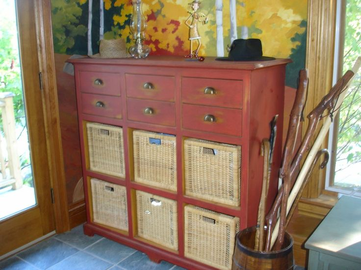 Hand Painting Furniture | Furniture Refinishing | Re-purposing furniture
