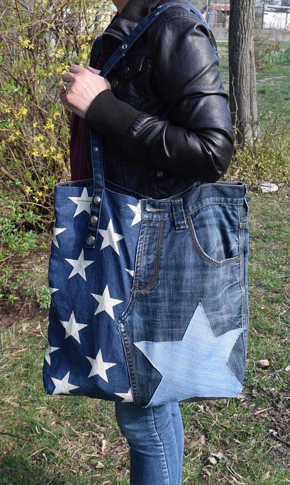 Bienvenue dans ma boutique ! Tous les modèles que je vous offre sont fait à la main avec amour et fantaisie ! Je recycle des jeans en denim dans ces sacs urbains très utiles, confortables et originales. Si vous voulez allez au travail, aller faire du shopping, à l'école, Université ou