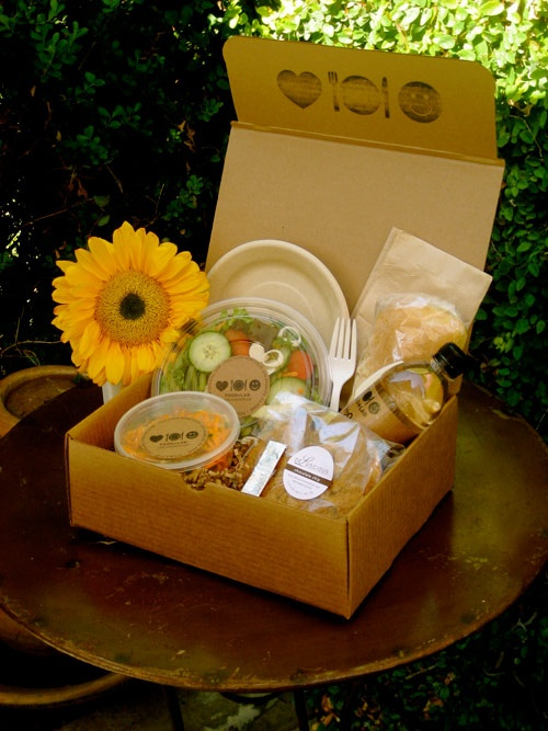 Google Image Result for http://foodlabcatering.com/images/box_lunch.jpg