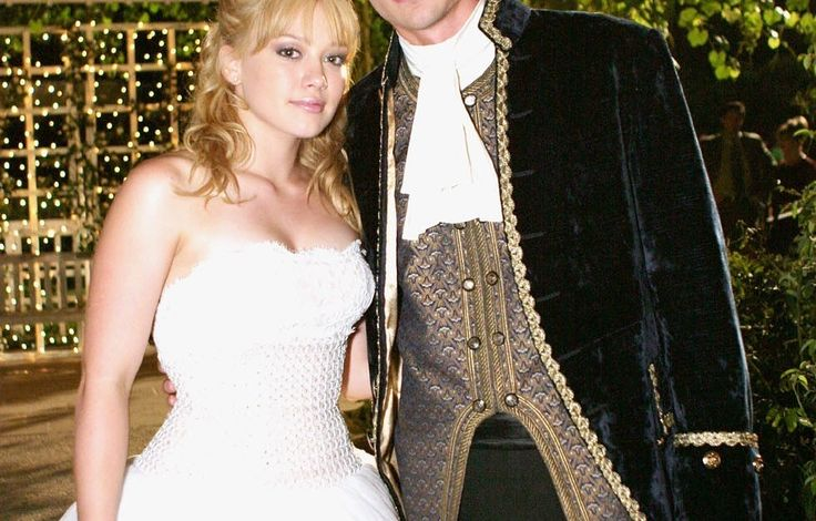 """13 Rare Photos Of The Cast Of """"A Cinderella Story"""" That Will Give You All The Feels"""