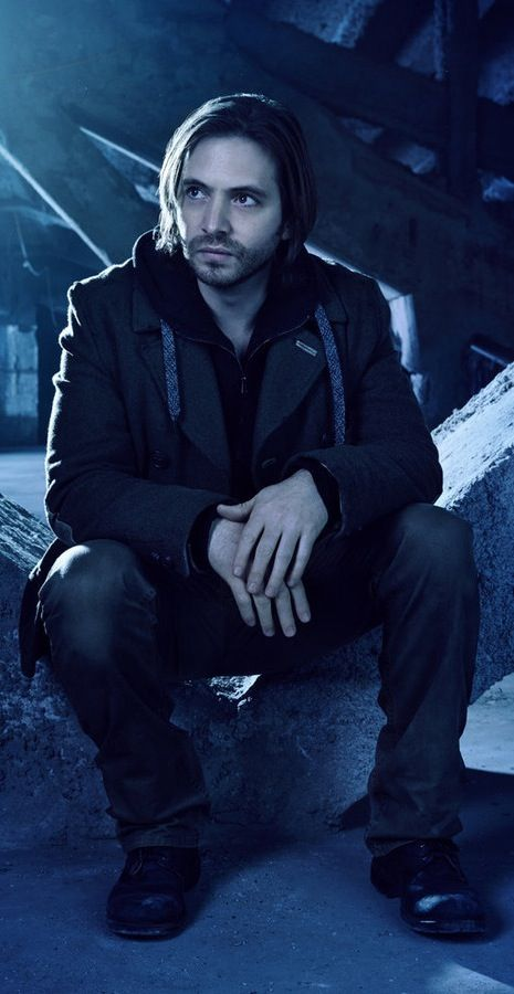 Aaron Stanford • TVSeries: 12 Monkeys • Character: James Cole