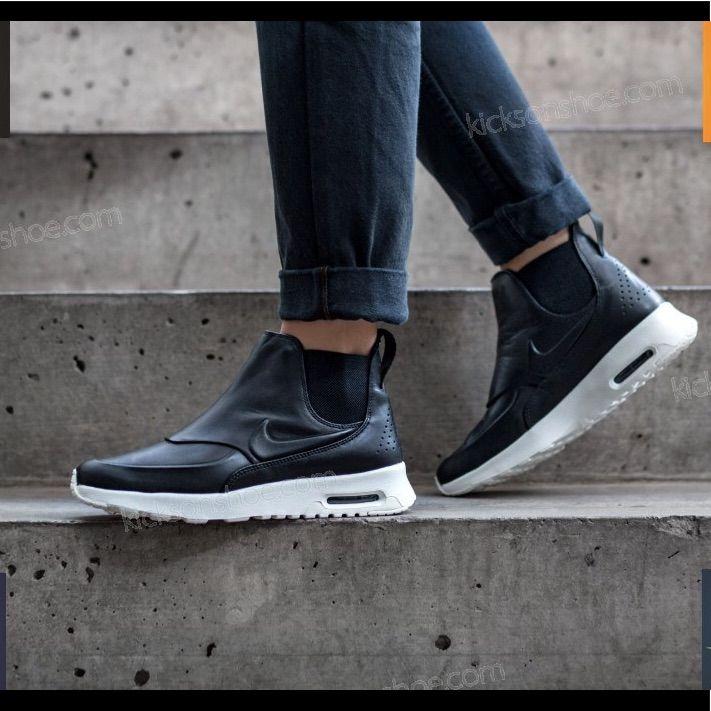 Nike Air Max Thea Mid Sneaker Boot Blue