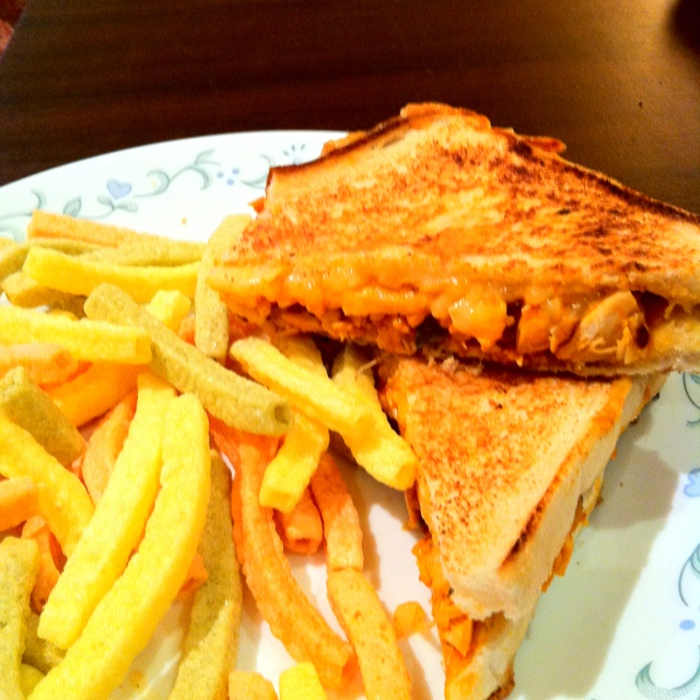 Buffalo chicken grilled cheese sandwich | just for fun | Pinterest