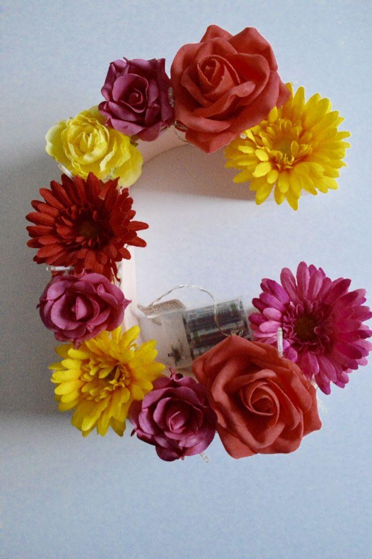 Diy comment faire une lettre fleurie et lumineuse bricolage et comment - Comment faire une enseigne lumineuse ...