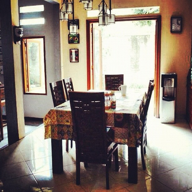 the redesigned dining room  #redesigned #diningroom #home #indonesia - @apriliausw- #instgram
