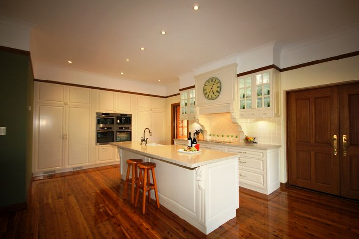 Traditional, colonial design kitchen