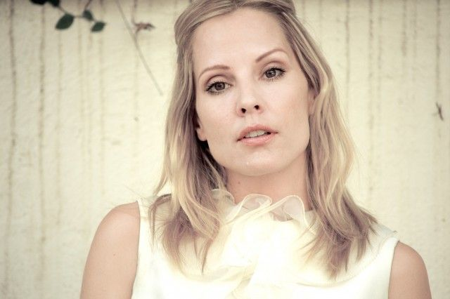 EXCLUSIVE: Emma Caulfield Coming to CBS Supergirl