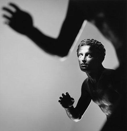 Mimmo Jodice, Atleta (dalla serie Mediterraneo), 1986