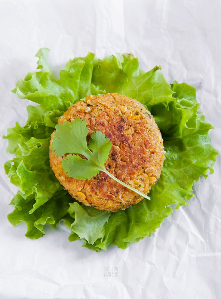VEGAN BURGERS FROM JAMIE OLIVER, WITH CHICKPEAS, SWEETCORN AND CORIANDER