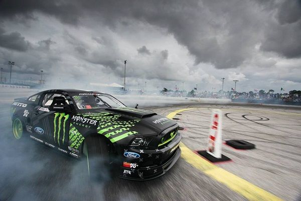 Ford Mustang and Formula DRIFT