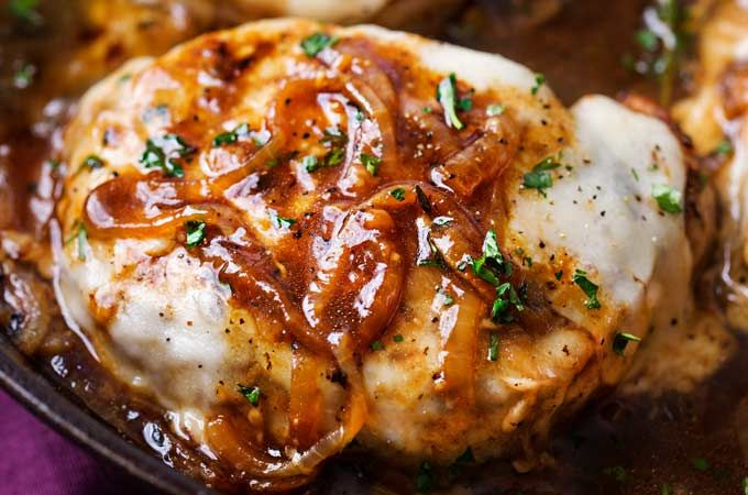 Perfect for a weeknight meal, this French onion smothered pork chops recipe is all made in one pan, and in about 30 - 40 minutes!