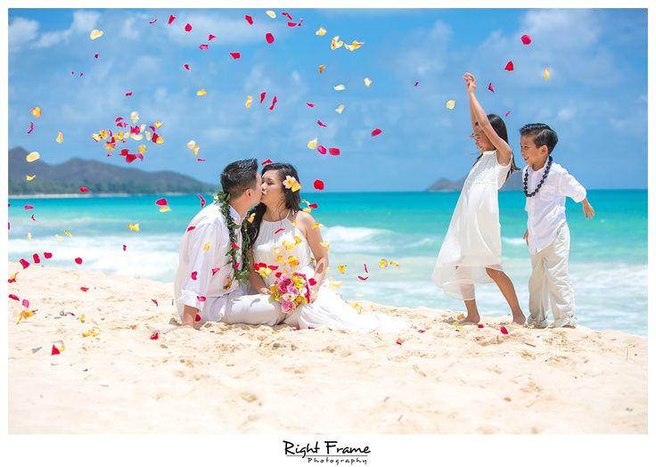 Beach Wedding Ceremony Oahu: Best 25+ Vow Renewal Beach Ideas On Pinterest