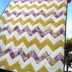 Threading My Way: Threading Your Way ~ FeaturesQuilt Pam, Features Quilt, Gorgeous Quilt, Chevron Quilt