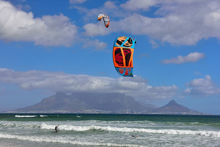 Bloubergstrand, Cape Town, Western Cape, South Africa | by South African Tourism
