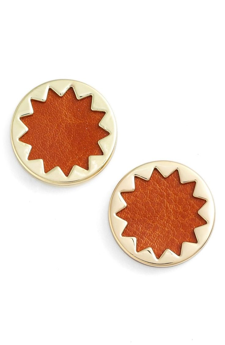 Glossy metallic caps and softly textured inlays create a vibrant starburst motif on versatile button earrings from House of Harlow 1960.