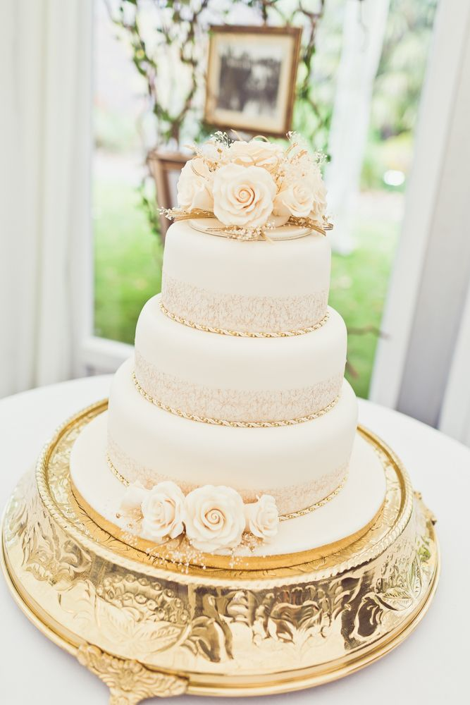 wedding cakes east yorkshire 24 best cake stands amp dessert table images on 24243