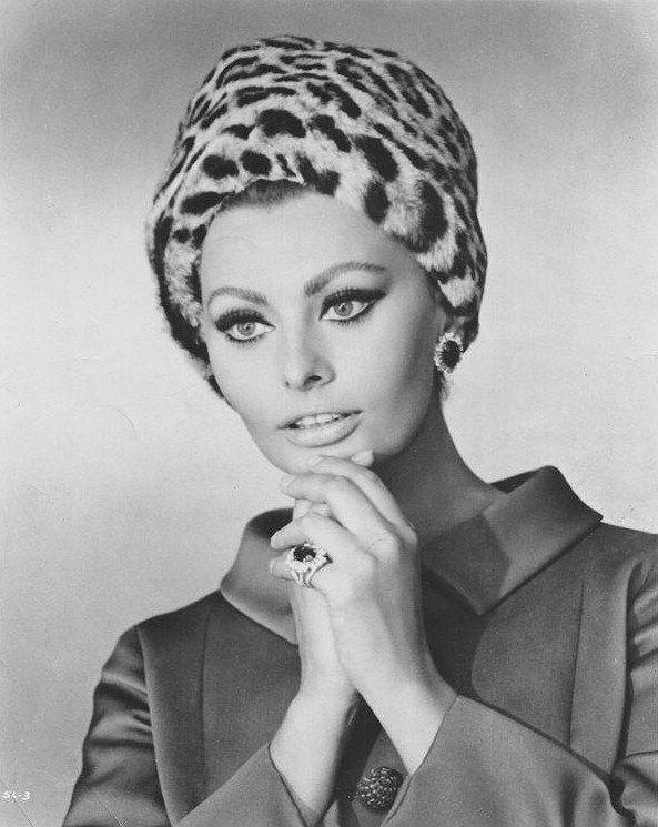 tumblr: Sophia Loren, Arabesque