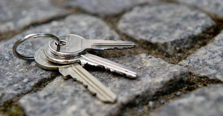 19 best schluesseldienste images on pinterest locksmith services automotive locksmith and bonn. Black Bedroom Furniture Sets. Home Design Ideas