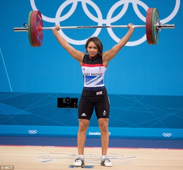 Great Britains Zoe Smith lifts 121kg in the Womens 58 kg division of Weightlifting