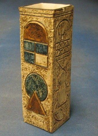 Ceramics and Glassware in the 27th July 2005 antique auction - Denhams