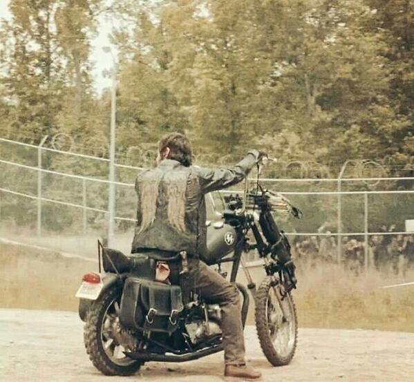 Daryl Dixon ~ Norman Reedus ~ Bike ~ Vest ~ Crossbow ~ Prison