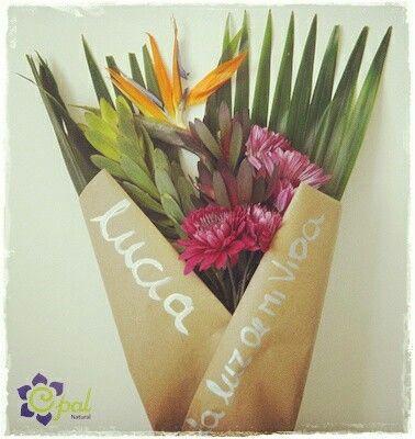 Bouquet de flores exóticas con mensaje tropicalflowers