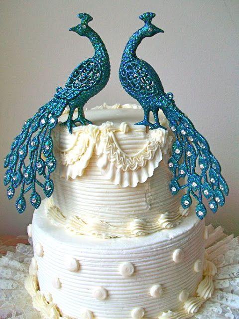 Elegant Wedding Cake Blue