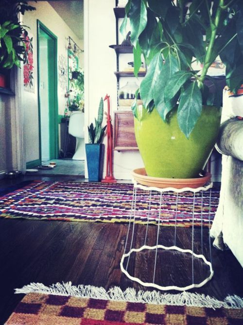 Gypsy Style, Plants Stands, Plant Stands, Plants Holders, Los Angels, Beautiful Textiles, Apartments Decor, Colors Interiors, Justina Blakeney