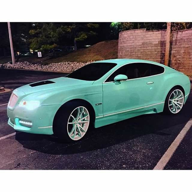 Yo Gotti Tiffany blue bentley coupe