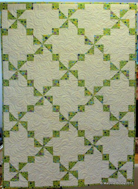 Best 25+ Irish chain quilt ideas on Pinterest Patchwork patterns, Quilt patterns and Nine ...
