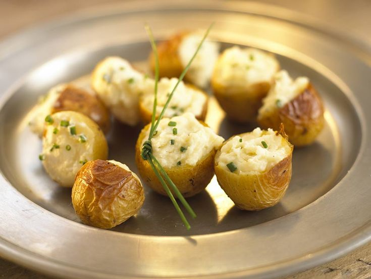 Stuffed baked potatoes are usually popular with older children but a bit unwieldy for little ones. New potatoes make a perfect alternative for a finger sized version.