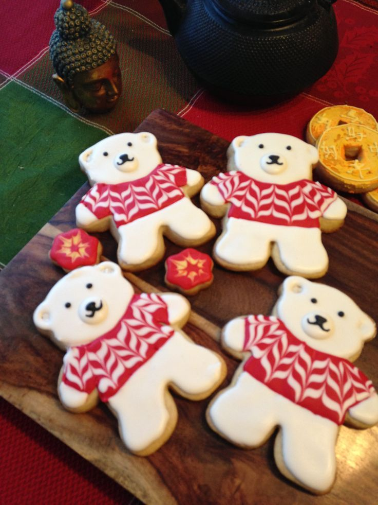 Teddy Polar Bear Sugar Cookies with Fresh Lemon Royal Icing! Yummy!