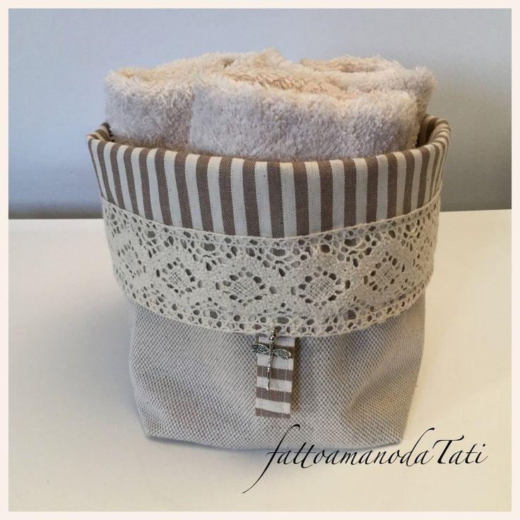 Cestino in cotone a righe con pizzo e tre lavette beige, by fattoamanodaTati